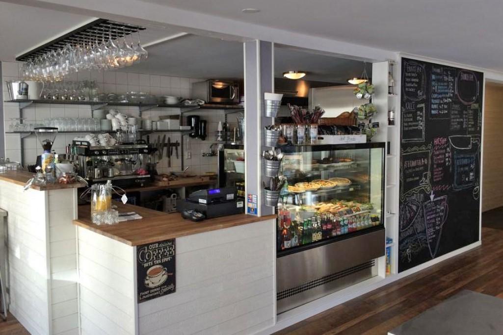 Mellow Café & Bistro